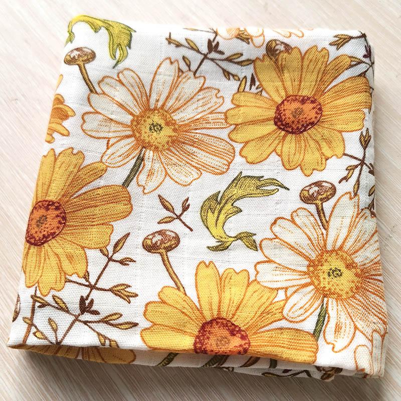 Gerbera mousseline bambou coton double couche 60x60cm bavoir bébé bandanas