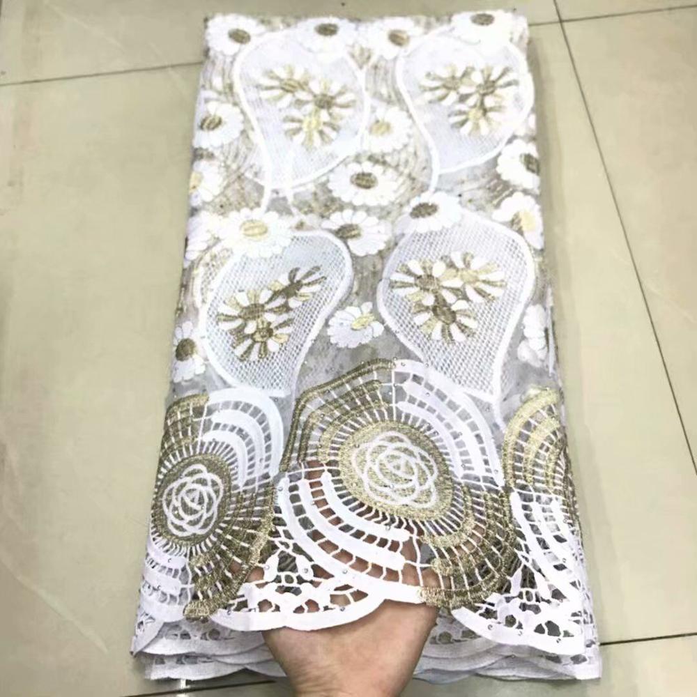 Neue Design Französisch spitze stoffe für hochzeit kleid 2019 spezielle bieten Nigerian tüll schnürsenkel stoff mit steinen 5 yards/ lot df65-3024