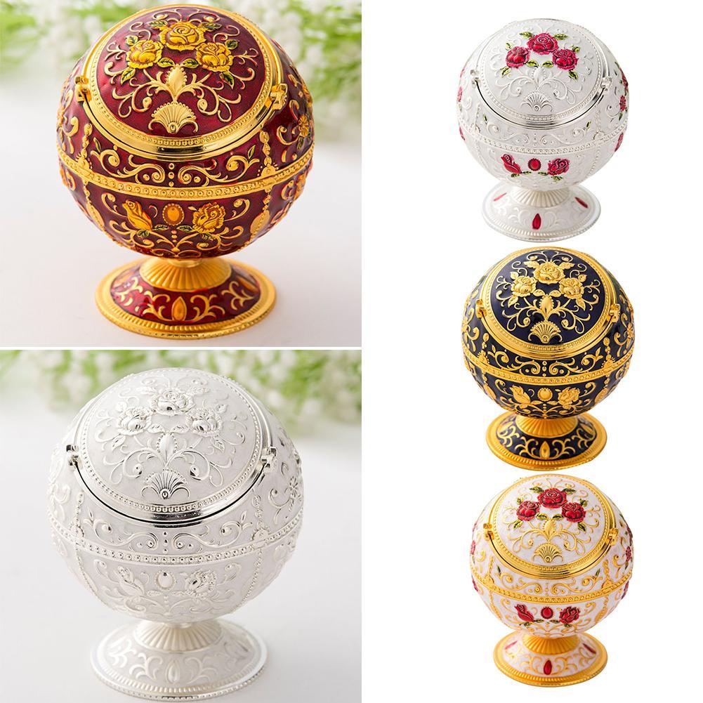 Vintage Alloy Flower Globe Design Ashtray with Lid Ash Tray Holder Anti-scalding Cigarette Holder Portable Ashtrays Home Decor