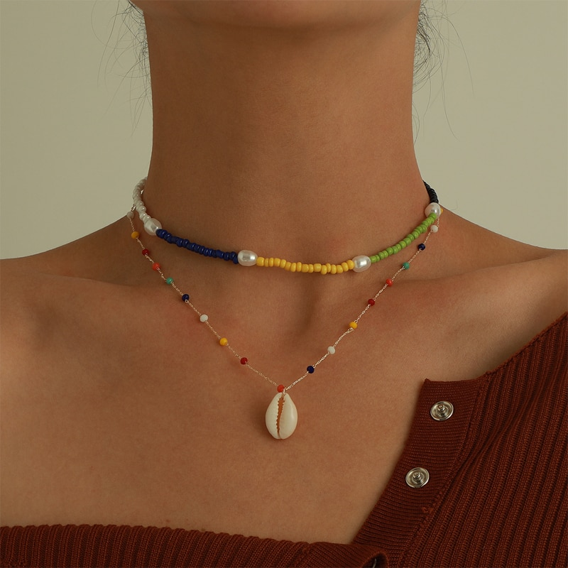 Bohemian Shell Pendant Necklace For Women Fashion Layered Rainbow Color Beaded Necklace Clavicle Chain 2021 New Jewelry geometric pendant layered chain necklace