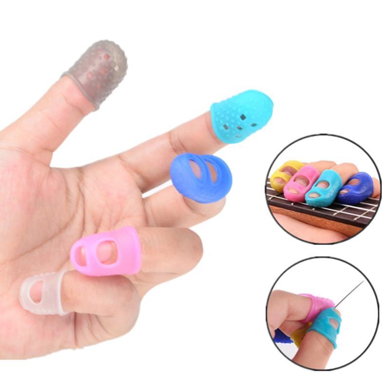 4pcs/8pcs Chitarra Finger Set di Silicone Flessibile Ricamo Sinistra Mano Dito Protettore Pratica Accessori Per Chitarra Colore Casuale