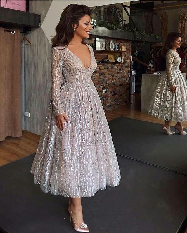 Novedad Vestidos de Noche de manga larga con cuello en V 2019 vestido de fiesta de noche con lentejuelas abiye robe de soiree vestido formal barato
