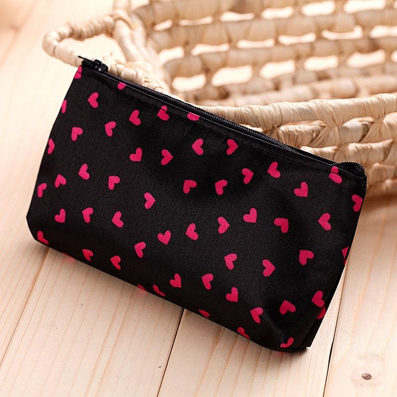 Fashion Round Point Love Heart Zipper Makeup Bags Portable Travel Wash Bag Organizer Beauty Pouch Sa