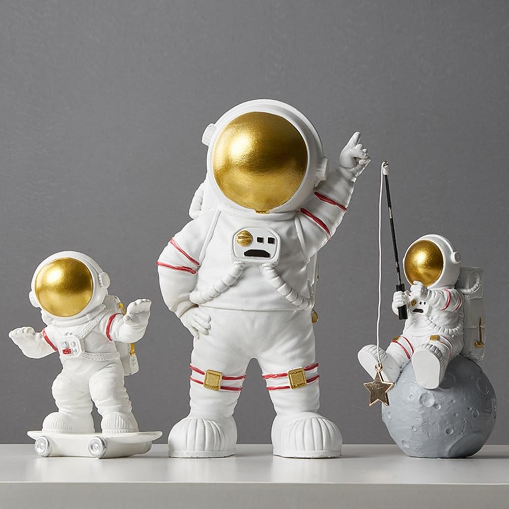 Decoración nórdica accesorios miniaturas para decoración del hogar para sala de estar estatuilla creativa moderna artesanía de escritorio estatua de astronauta regalos
