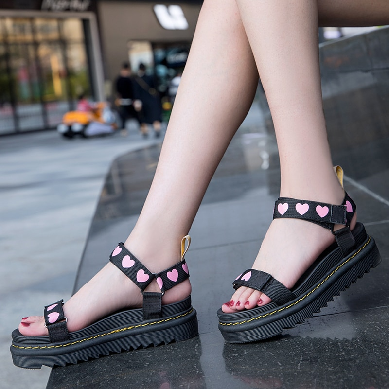 2021 Brand Designer Woman Sandalie Gladiator Velcro Sandals Women High Quality Ladies Shoes Summer P