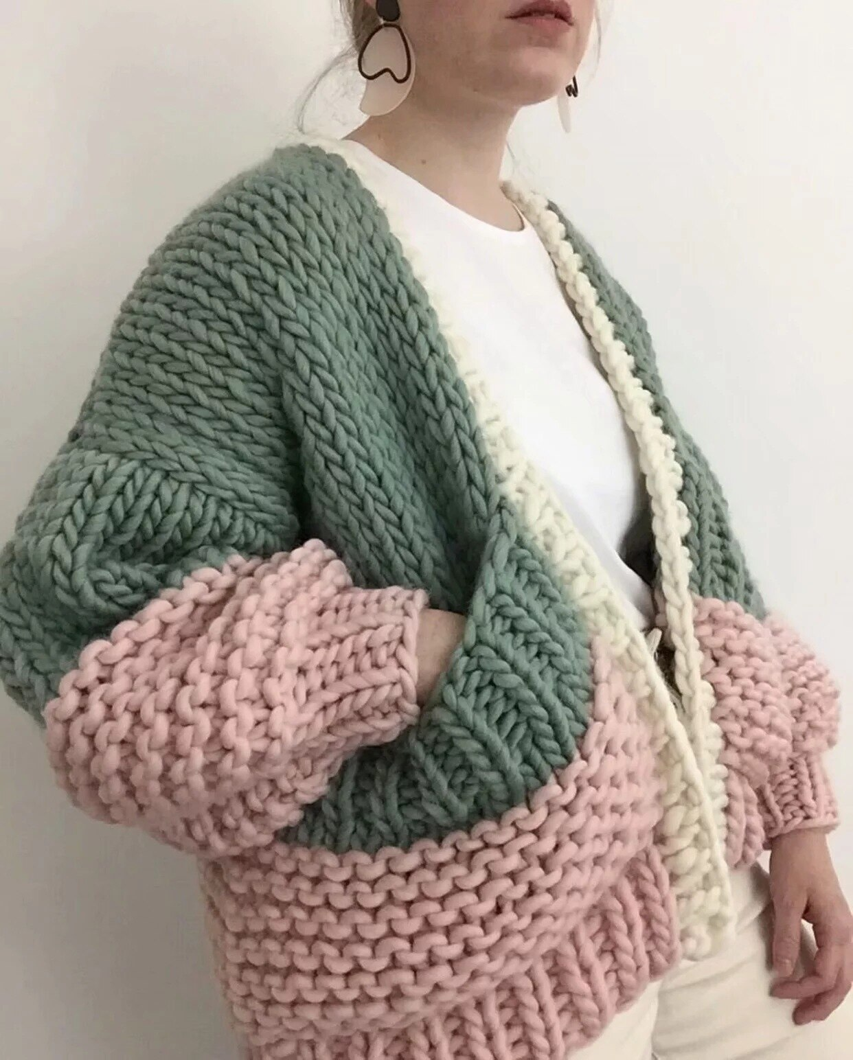 Handmade cardigan puff sleeve plus size cardigan women warm winter cardigans sweaters new fashion knitwear outwear enlarge
