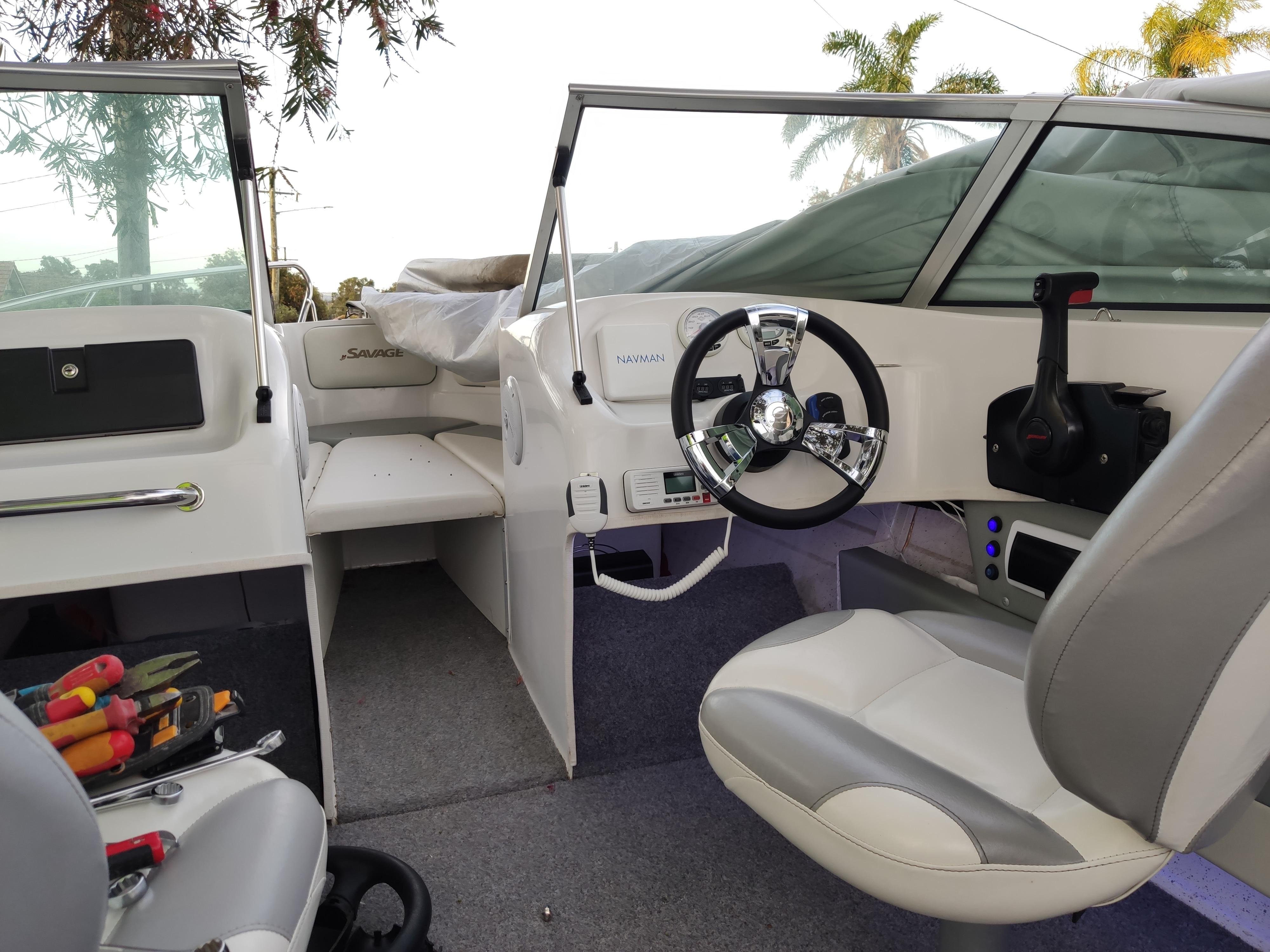Marine 350mm & 3/4 Inch Shaft Polished Chrome 3 Spoke Steering Wheel for Vessels Yacht Speedboat Boat Accessories enlarge
