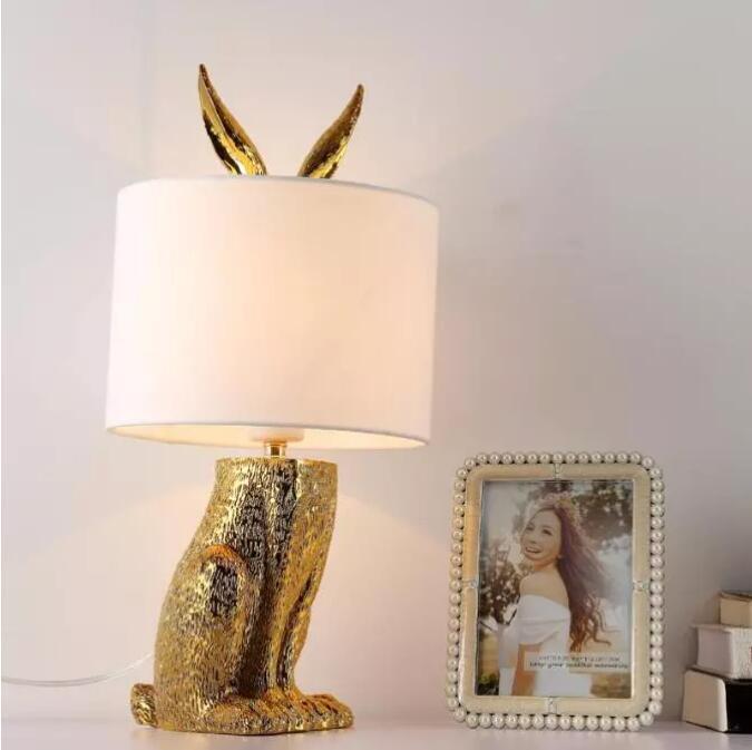 الحديث ملثمين أرنب مصابيح طاولة راتنج الرجعية الصناعية مكتب أضواء لغرفة النوم السرير دراسة مطعم أضواء الزخرفية