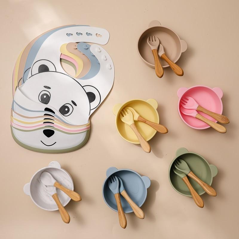 4Pcs Baby Feeding Tableware Set Silicone Bib Bowl Fork and Spoon Cartoon Bear Waterproof Silicone BPA Free For Children Supplies