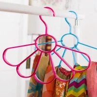 2020 real direct selling dazzle colour northern wind rings scarves multi role tie rack multiple color hangers