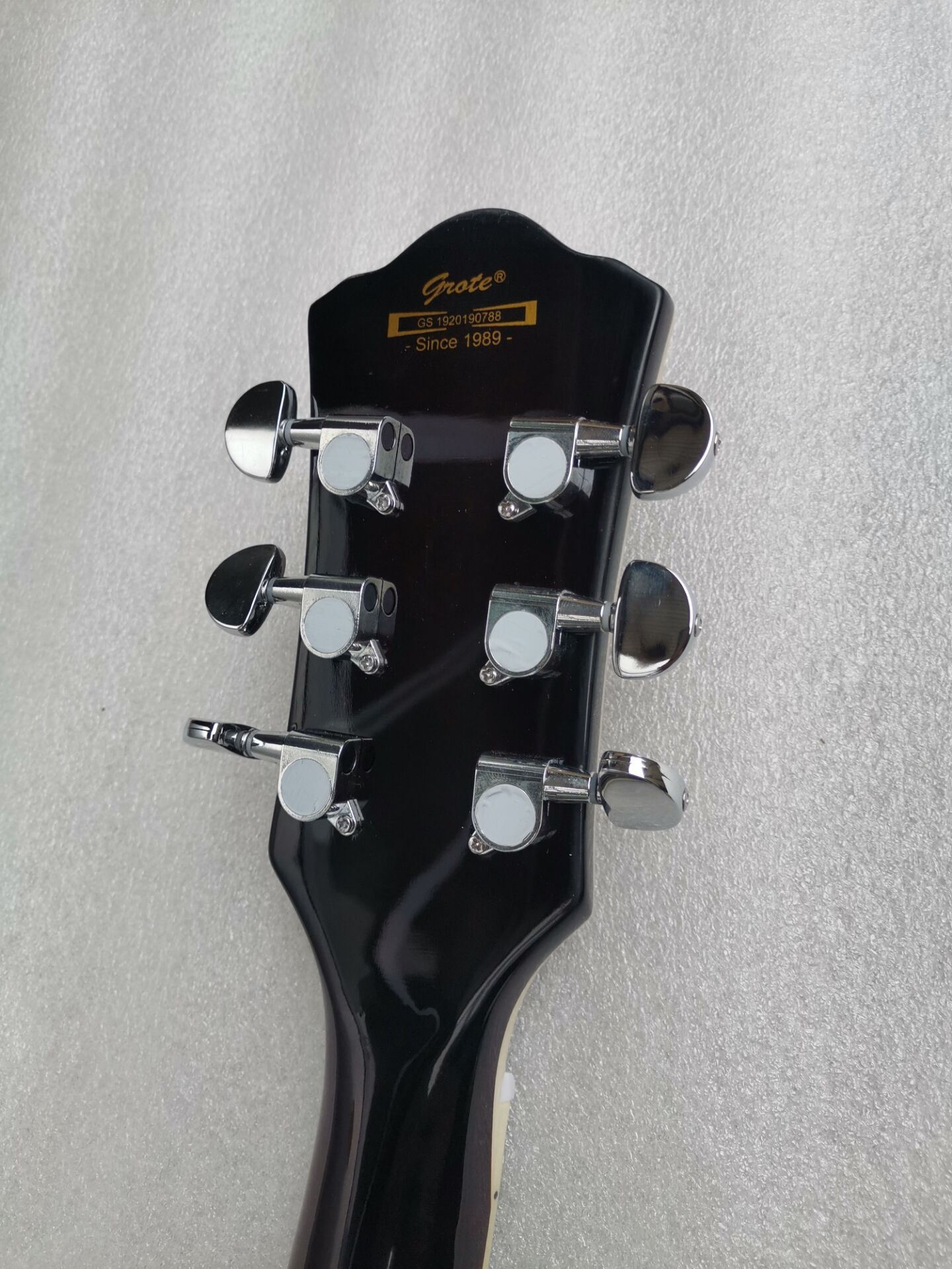 Good quality jazz hollow body f hole flame maple electric guitar free shipping enlarge