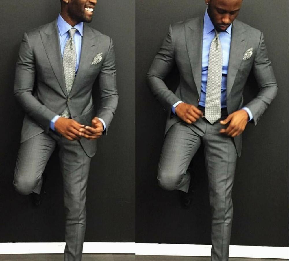 Classic Design Groom Tuxedos Two Buttons Light Grey Peak Lapel Groomsmen Best Man Suit Mens Wedding Suits (Jacket+Pants+Tie) 216