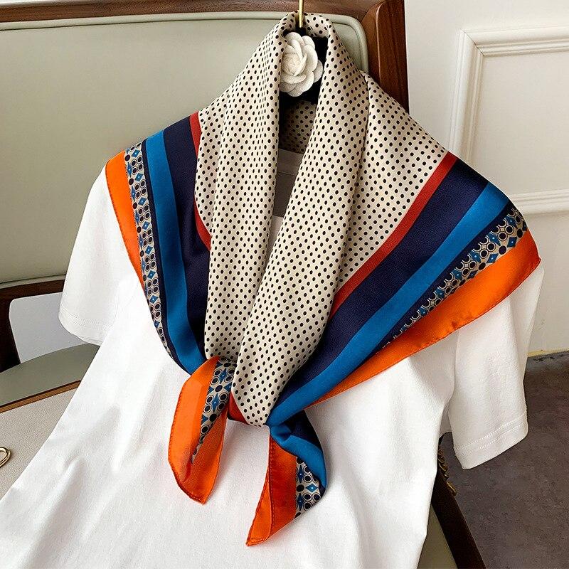 ¡Nuevo estilo de primavera y otoño 2020! Pañuelo cuadrado con estampado de moda para mujer, bufanda de seda para playa, chal de viaje de estilo étnico