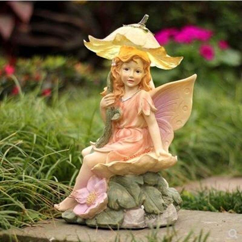 European-style simulation resin lovely girl statue artwork, creative character sculpture garden decoration crafts
