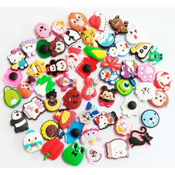 100PCS Mixed Shoe Cartoon charms tack button picked at random R019