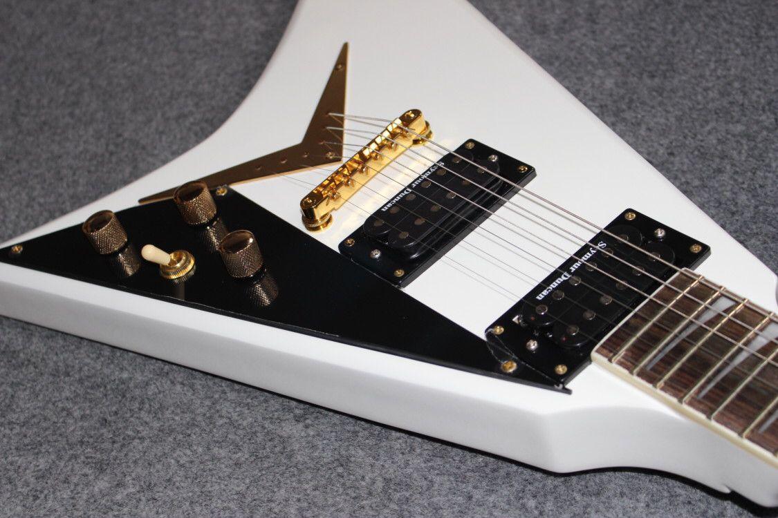 V shape Eelectric guitar.white color jazz gitaar,handmade 6 stings guitarra,rosewood fingerboard. enlarge