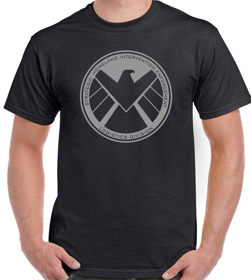 Camiseta do presente de aniversário do super-herói dos vingadores do homem de ferro