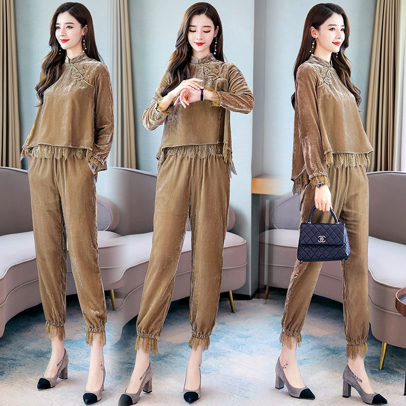 Women's suit 2020 new Korean version of femininity and feminine gold velvet suit pants short short fashion two-piece suit pants pants summer seven sleeved suit suit male korean version of the slim fashion hair stylist trend leisure suit two piece