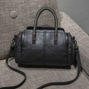 1PCS New Women's Bags Simple Leather Slant Edgy Bag Woven One Shoulder Bag Stylish Retro Handbag