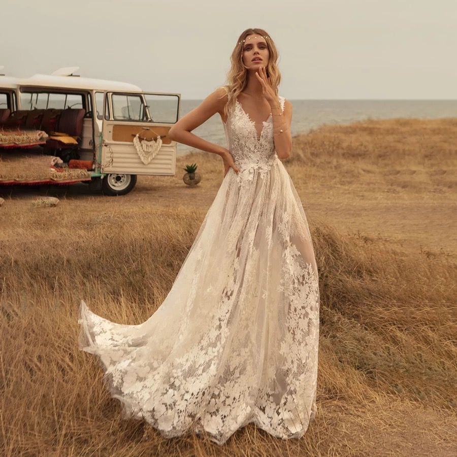 Newest Wedding Dress Deep V Neck Boho Свадебное Платье Country Vestido De Noiva Lace Backless Bridal Gown Robe De Mariée