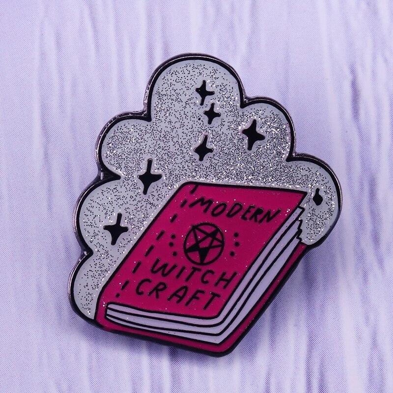 Broche de collar de brujería, moderno broche de libro de encanto rosa, esencial de brujería