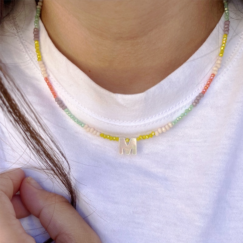 Женское-колье-с-26-буквами-короткое-ожерелье-с-подвеской-из-бисера-в-богемном-стиле