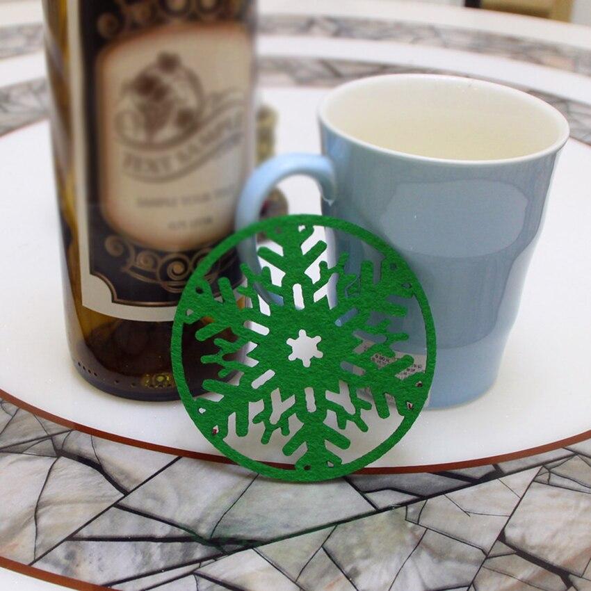 Купить с кэшбэком 5PCS/Lot Felt Snowflake Coasters for Drinks Round Christmas Tea Coffee Pad Mat Desktop Protection Prevent Furniture Damage- 10cm