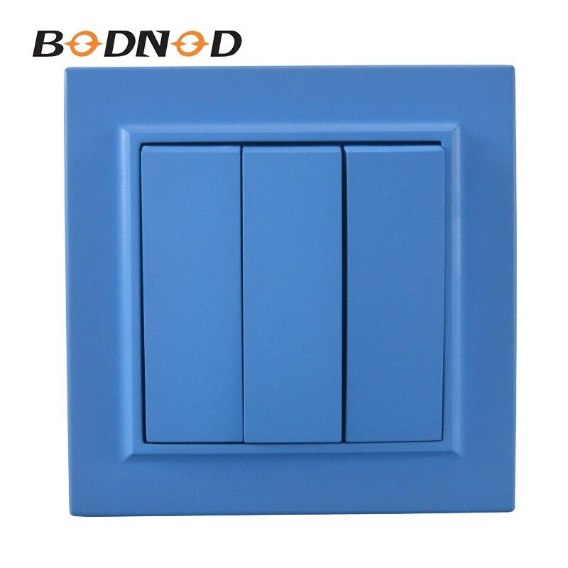 Interruptor de luz azul cielo interruptor de tres bandas europeo Inset decorativo de pared DIY 10A 250V Legrand Schneider Livolo Venta caliente