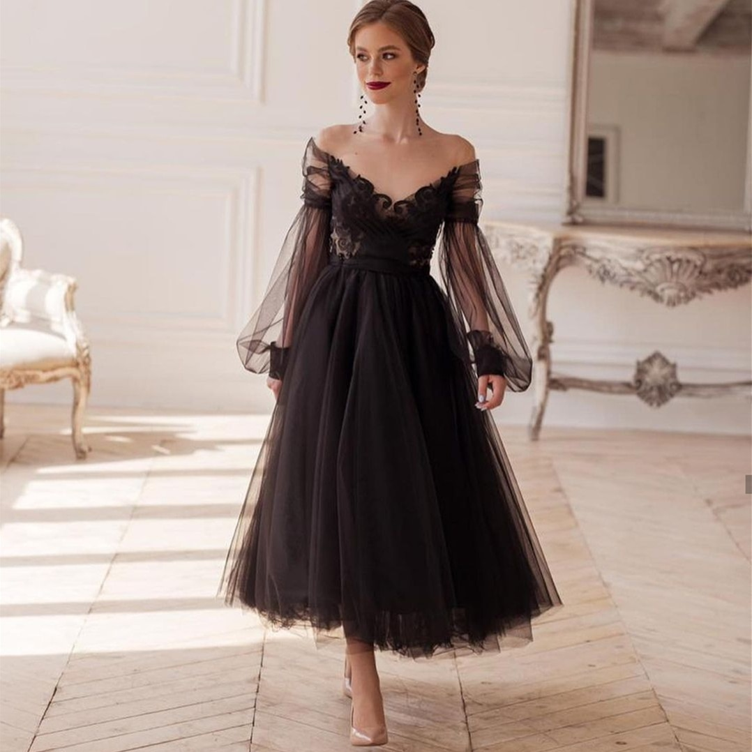 Review Vintage Gothic Black Wedding Dresses Ankle Length Long Puffy Sleeves Appliques Lace Tulle Short Bridal Gowns robe de mariee