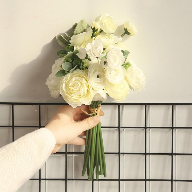 Flores artificiales de seda ranúnculo ramo Floral con vegetación boda celebración flores hogar Oficina Decoración Sztuczne Kwiaty F
