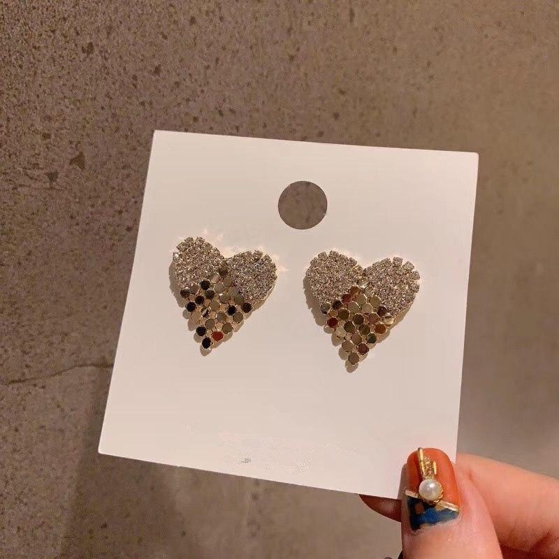 2019 New Arrival  Zinc Alloy Trendy Heart Women Dangle Earrings Korean Love Simple Heart-shaped Earrings Female Jewelry