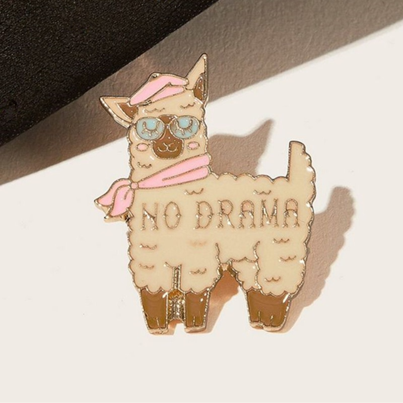 Alfileres bonitos de ovejas de Alpaca, broches de animales de dibujos animados, insignias de Metal, broche de solapa, tela vaquera, bolso de camisa, regalo de joyería para niñas