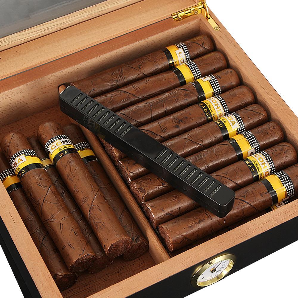 Cedar cigar box portable Cigar Travel box with humidifier hygrometer cigar box is suitable for Cohiba cigars enlarge