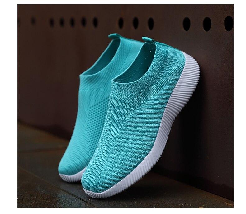 2021 new fashion men women running shoes size 36-4612321  214re