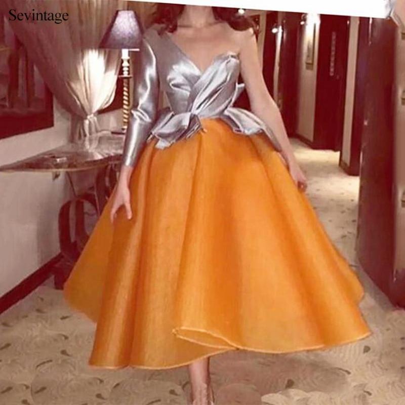 Sevintage barato con un solo hombro, de satén corto vestidos de baile de manga larga de pliegues de las mujeres vestidos de noche vestido de gala en 2020