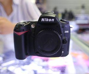 Подержанный корпус камеры NIKON D80 с зарядным устройством и аккумулятором