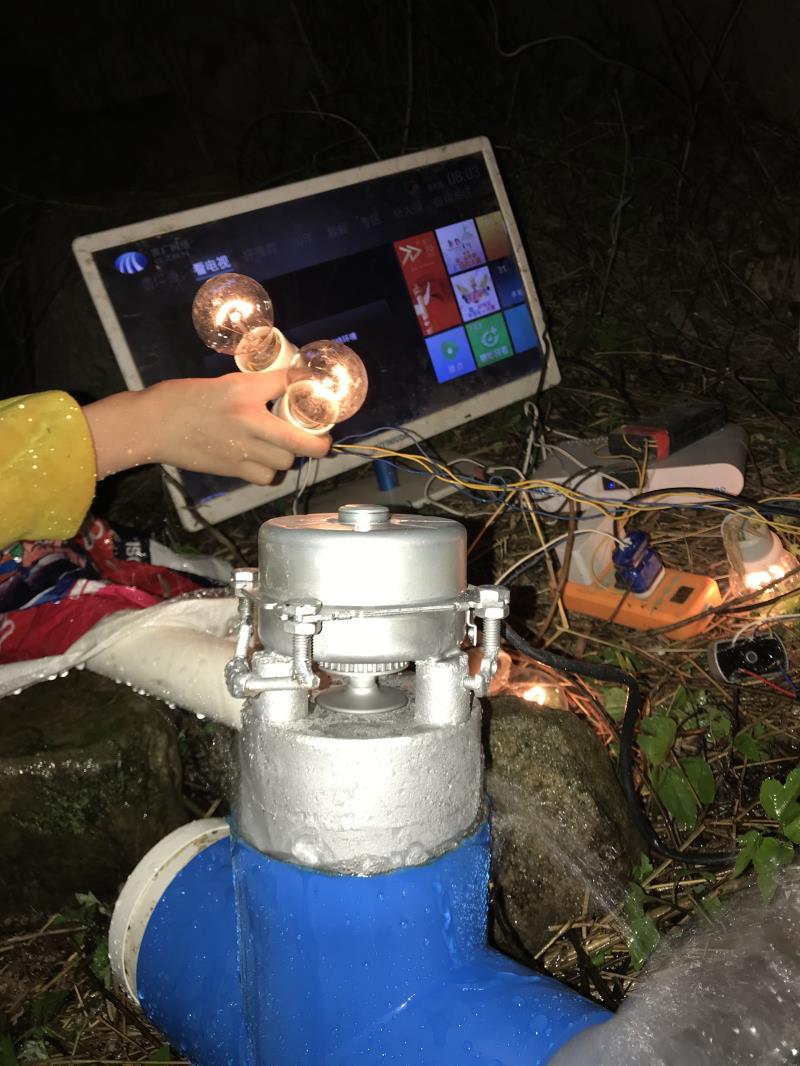 مولد طاقة مياه مائل 1000 واط ، 220 فولت ، 50 هرتز ، مع التلفزيون ، طباخ الأرز الكهربائي