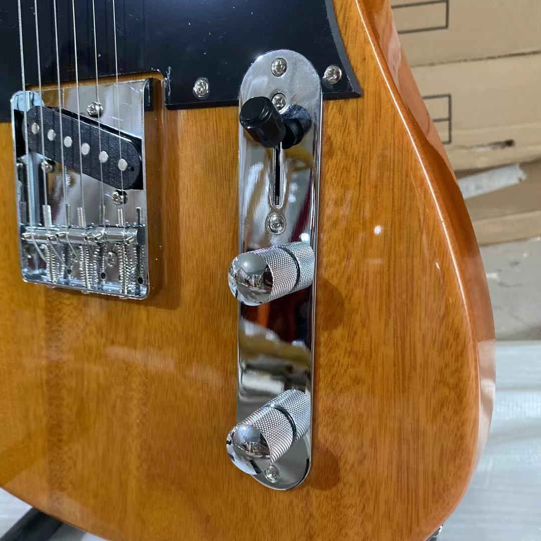 Hot Sale Telecast Guitar Mahogany Body Rosewood Fingerboard Chrome Hardware Free Shipping Black Pickguard enlarge