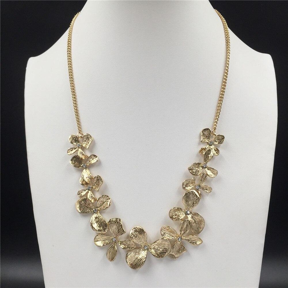 Precioso collar llamativo con colgante enlazado de flores Chapado en Color dorado para mujer elegante bonito y encantador joyería decorativa para fiestas