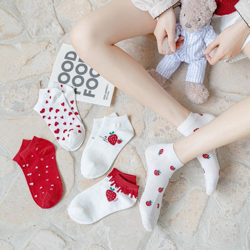 Женские носки-лодочки, женские милые носки, весенне-летние носки-лодочки, милые невидимые носки в Корейском стиле с клубничками для любител...