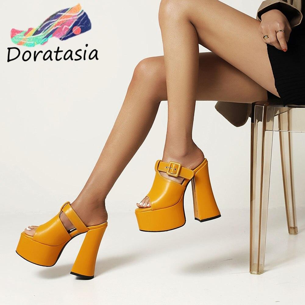 DORATASIA حجم كبير 46 النساء الصلبة الانزلاق على مشبك اللمحة تو أحذية منصة عالية الكعب مثير جودة مضخات النساء مضخات