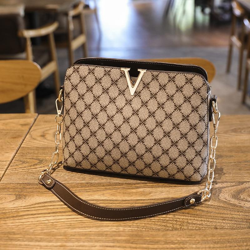 2021 New Fashion Retro Print Large Capacity Chain Shell Bag Crossbody Shoulder Bag Sac A Main Femme De Marque Luxe Cuir 2021