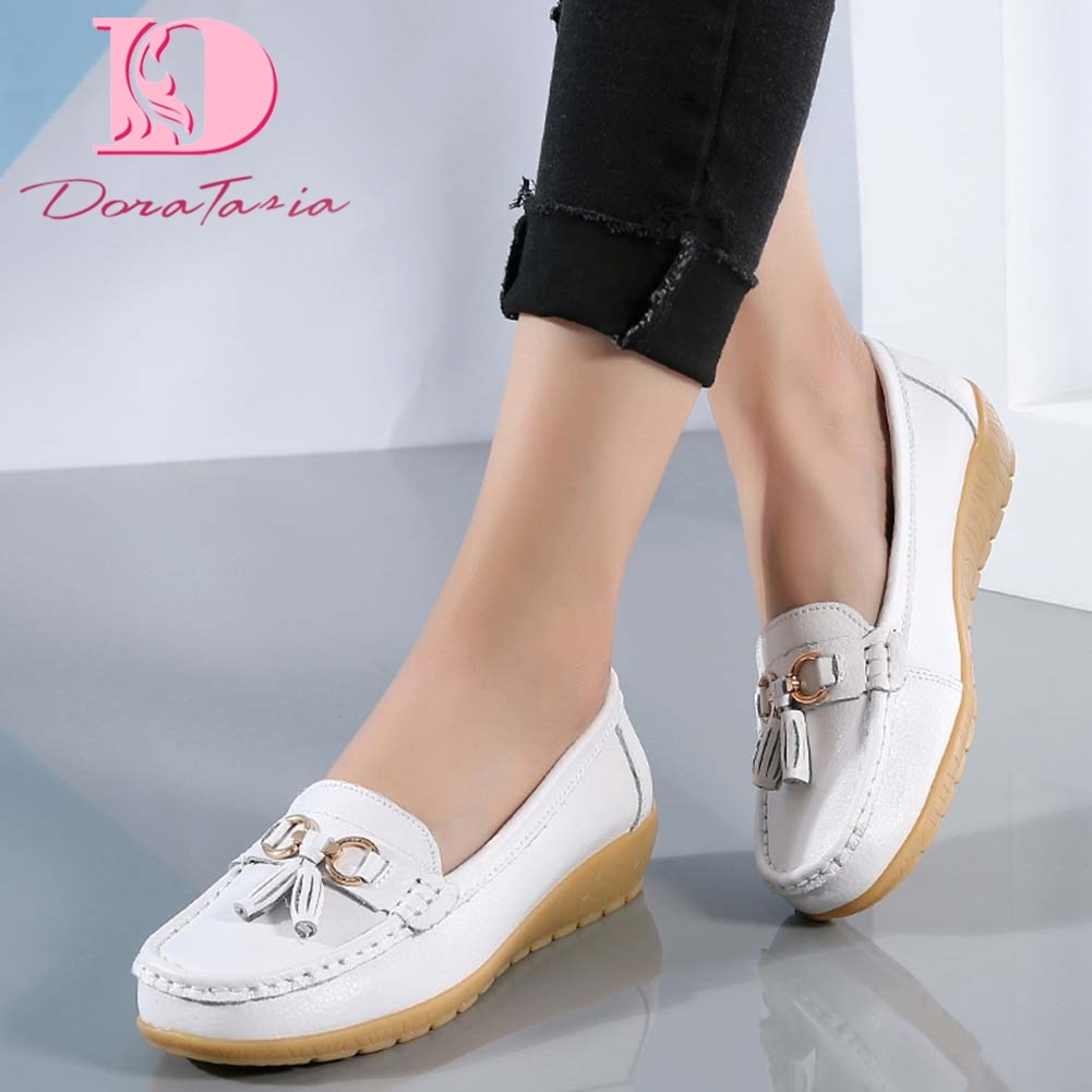 Mocassini in pelle crosta da donna nuovissimi moda Slip On scarpe metalliche vulcanizzate donna 2021 frange da donna Casual comodi appartamenti