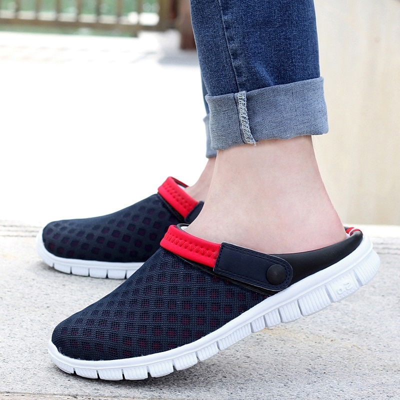Men's Summer Shoes 2020 New Breathable Men Sneakers Mesh Lighted Casual Shoes Slip On Shoes