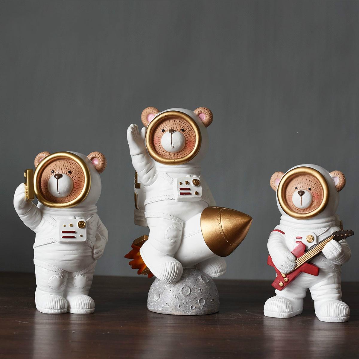 الفضاء الدب-رائد الفضاء حامل جوّال بلاستيكي المحمول ، الإبداع البسيط ، الهدايا الصغيرة ، التلفزيون ، خزانة الملابس ، غرفة النوم ، ديكور المن...