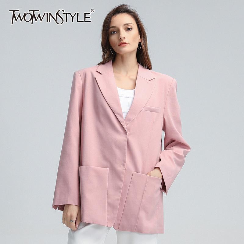 TWOTWINSTYLE سترة غير رسمية للنساء محززة وياقة طويلة الأكمام جيوب فضفاضة الكورية الوردي معاطف الإناث 2020 الخريف جديد الملابس