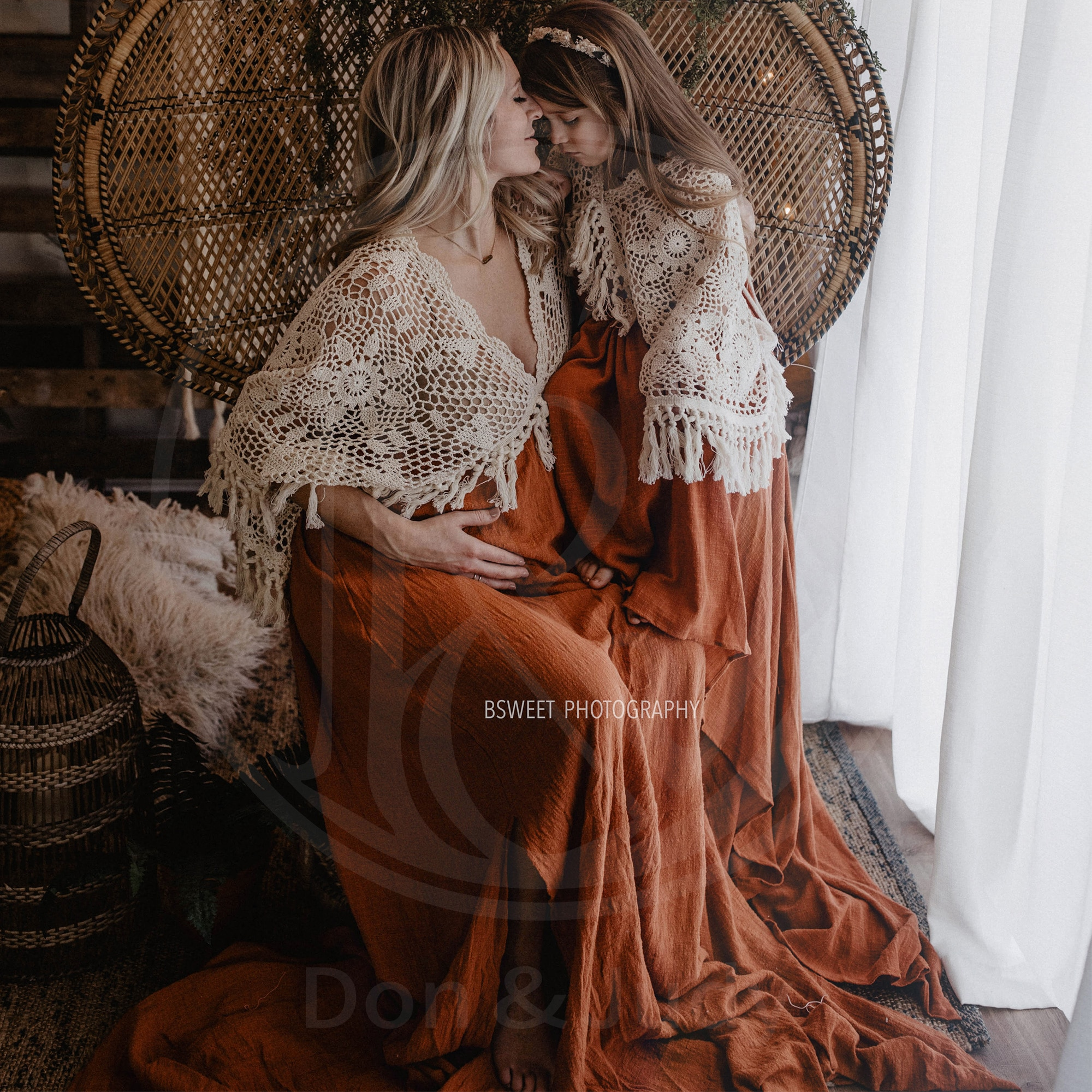 A Set Vintage Boho Cotton Photo Shoot Mom and Daughter Robe Long Dresses Evening Party Costume for Women Photography Accessories enlarge