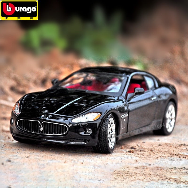 Bburago 1:24 Maserati President GT alloy car model simulation car decoration collection gift toy