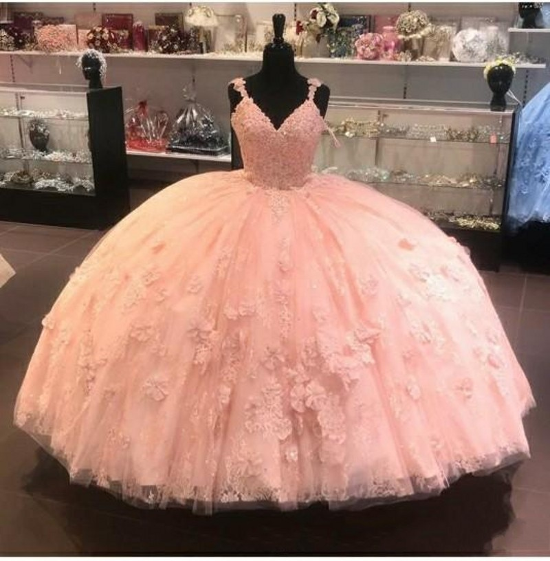 Vestido de baile Modest Quinceañera vestidos con tirantes finos Apliques de encaje dulce 16 barato vestido de fiesta vestido de 15 anos