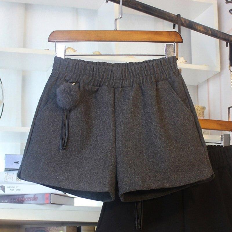 2019 Simple Women Casual Shorts Body Workout Autumn Winter Warm Hairy Shorts Female Loose Wide Leg Egde Hot Short